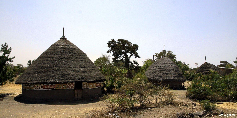 ethiopie-hutte-01-www-garr_-fr_