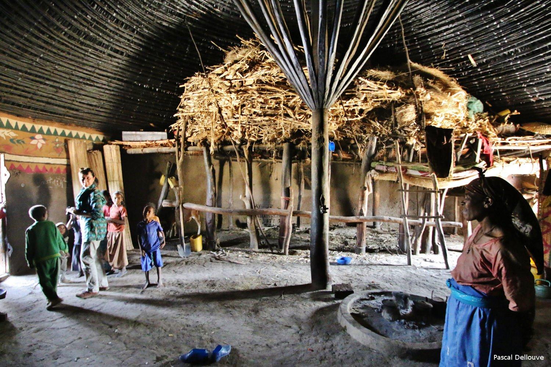 ethiopie-hutte-05-pascal_dellouve