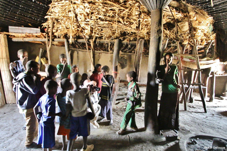 ethiopie-hutte-08-pascal_dellouve