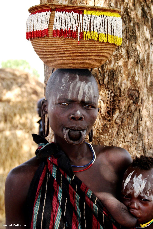 Ethiopie : le peuple Mursi
